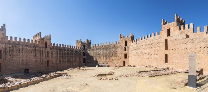 Château de Burgalimar, Al-Hamma d'enfouissement, village d'encina de La de Baños De, J photo stock