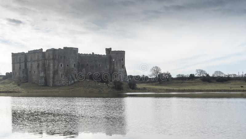 Château de Carew, Pembrokeshire, Pays de Galles photo stock