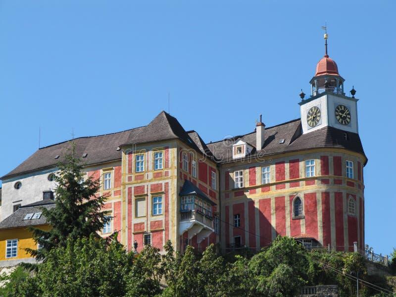Château de colline de Jansky dans la ville de Javornik photographie stock