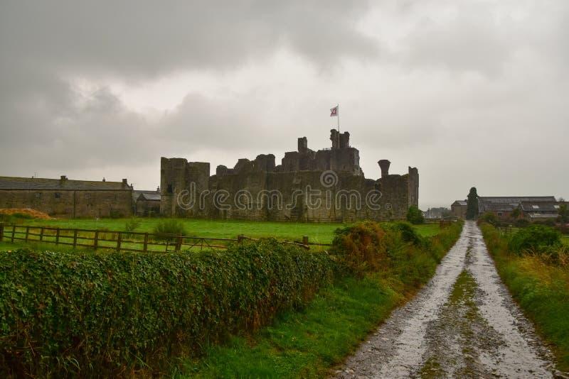 Château de Middleham dans Wensleydale, Yorkshire images libres de droits