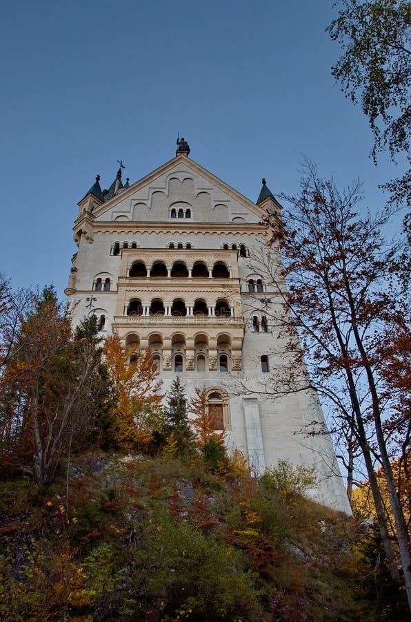 Download Château de Neuschwanstein photo stock. Image du palais - 77161088