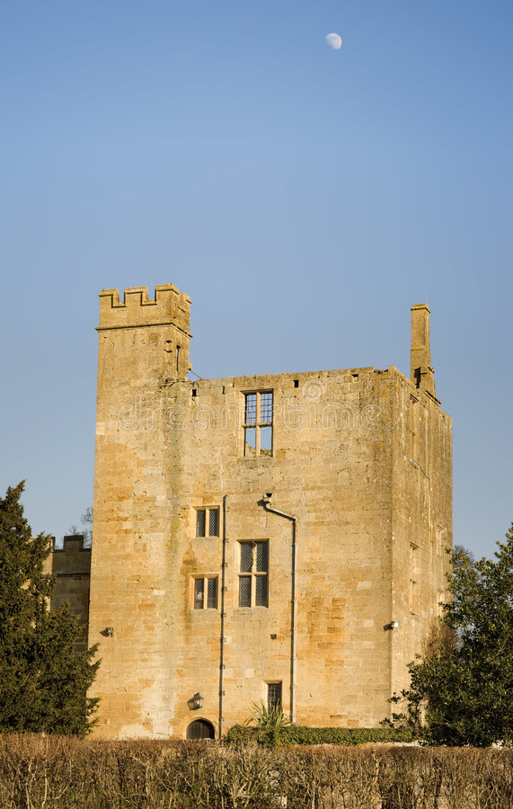 Download Château de Sudeley image stock. Image du aristocrate, ferme - 4350593
