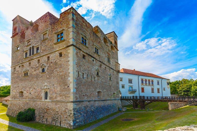 Château en pierre médiéval photos stock