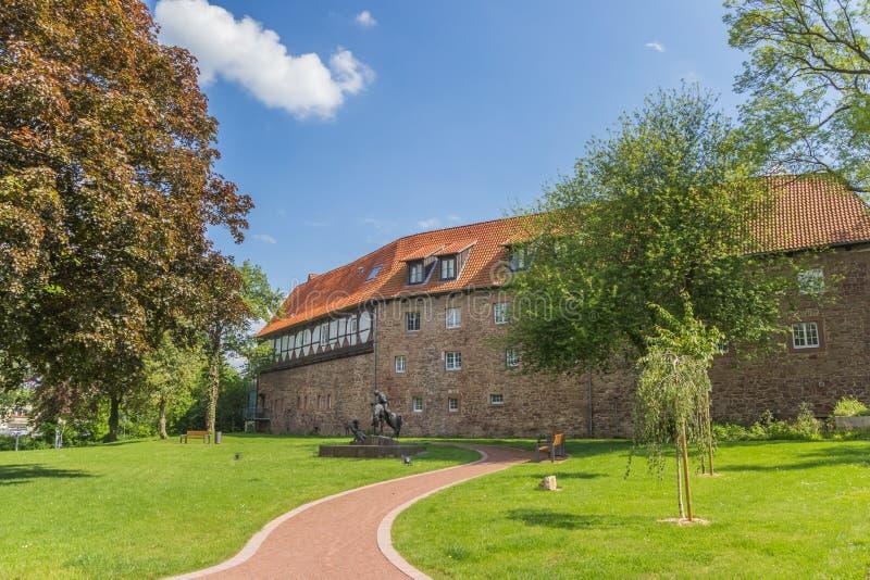 Château et jardin au centre historique de Blomberg image stock