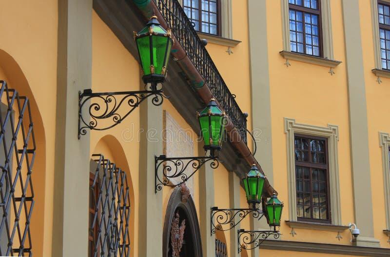 Château et lanternes photo stock