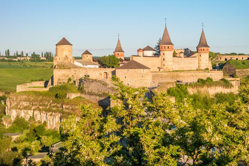 Château médiéval antique de Kamianets-Podilskyi image stock