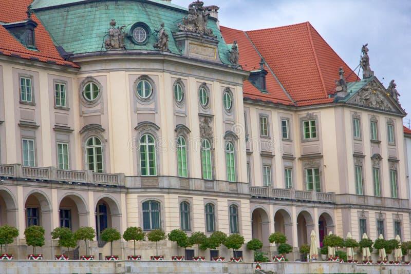 Château royal à Varsovie, place de château photos stock
