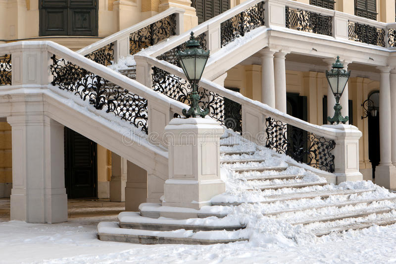 Château Schonbrunn d'escalier images stock