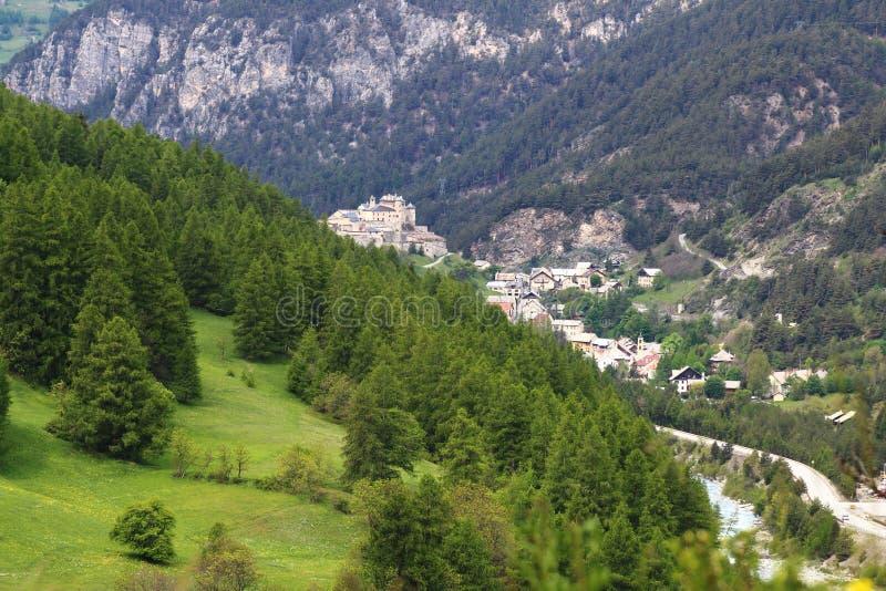 Château Queyras und Château Ville-Vieille im Franzosen Queyras-Natur-Park stockfoto
