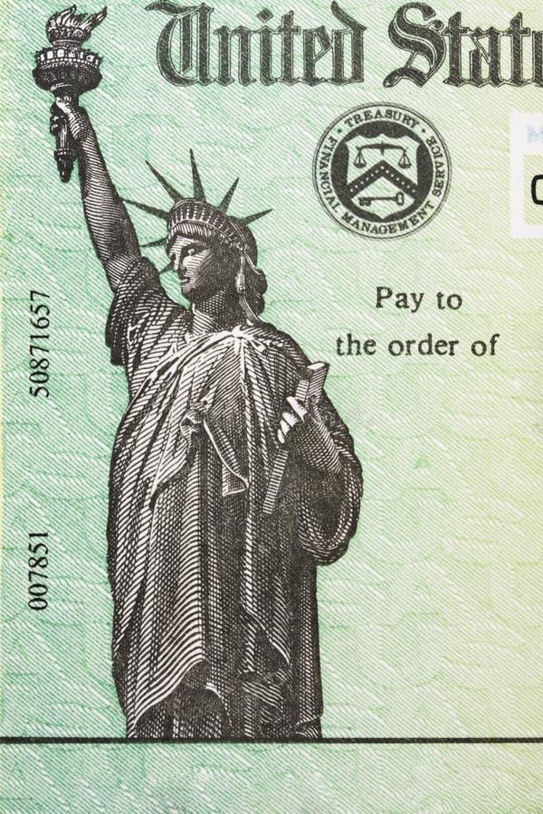 Chèque de remise d'impôts image libre de droits