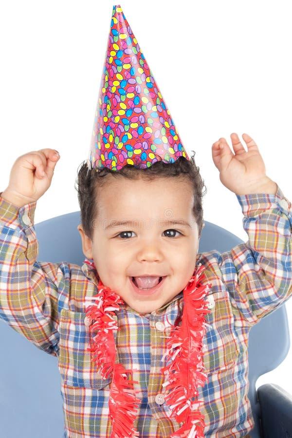 Chéri adorable célébrant l'anniversaire photo stock