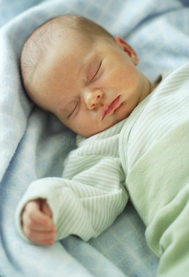 Chéri de sommeil image stock