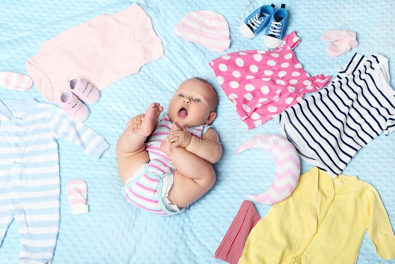 Chéri nouveau-née photo stock