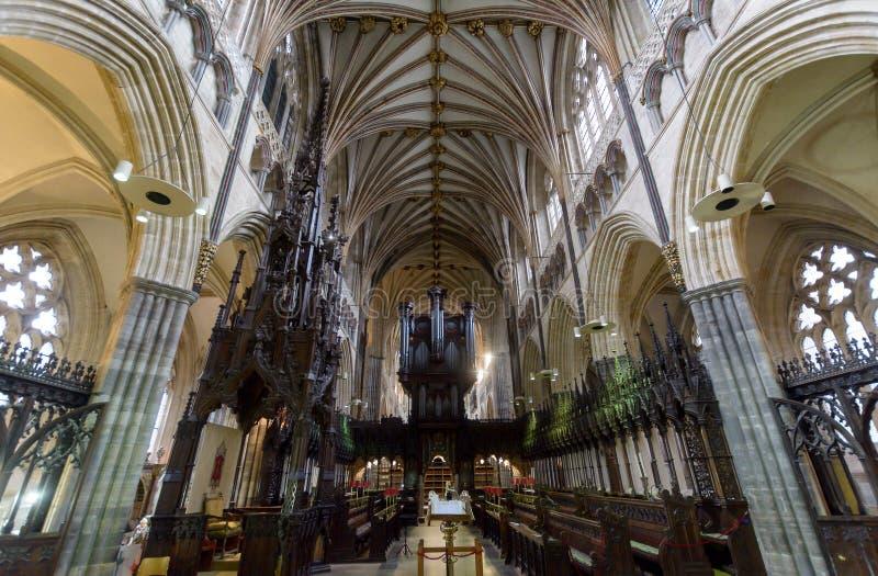 Chór w Exeter katedrze, widok od Wysokiego ołtarza zdjęcie royalty free