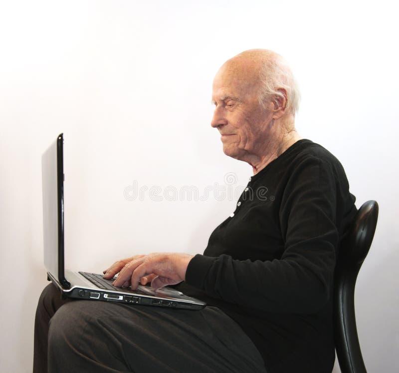 chłodno starszy surfingowiec zdjęcia royalty free