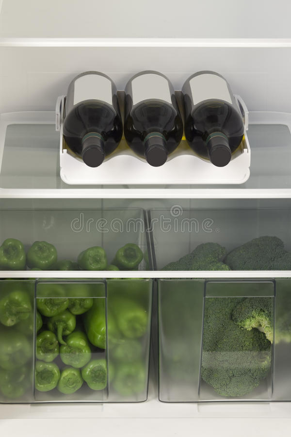 Chłodziarka pełno warzywa fotografia stock