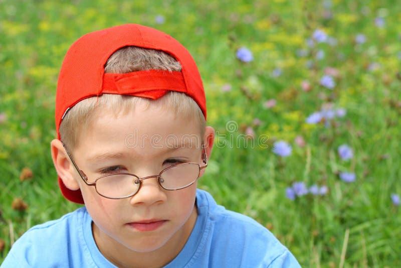 chłopak kwitnie okulary młodych obrazy royalty free
