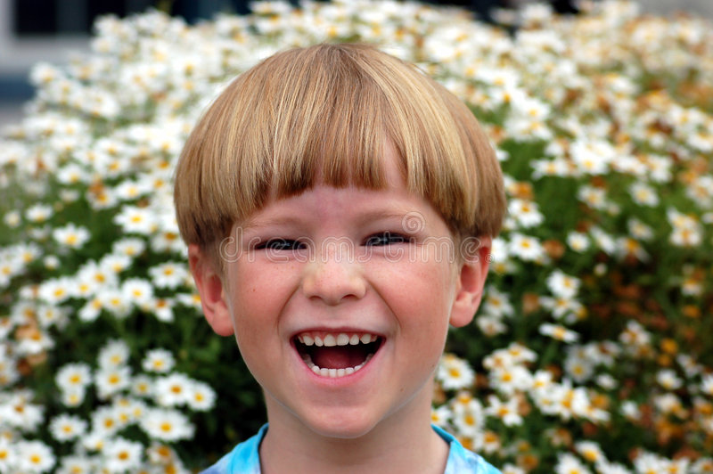 chłopak się śmiać zdjęcia royalty free