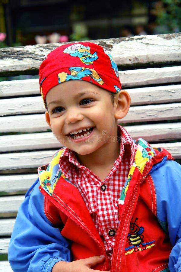 chłopak się śmiać się trochę zdjęcie stock