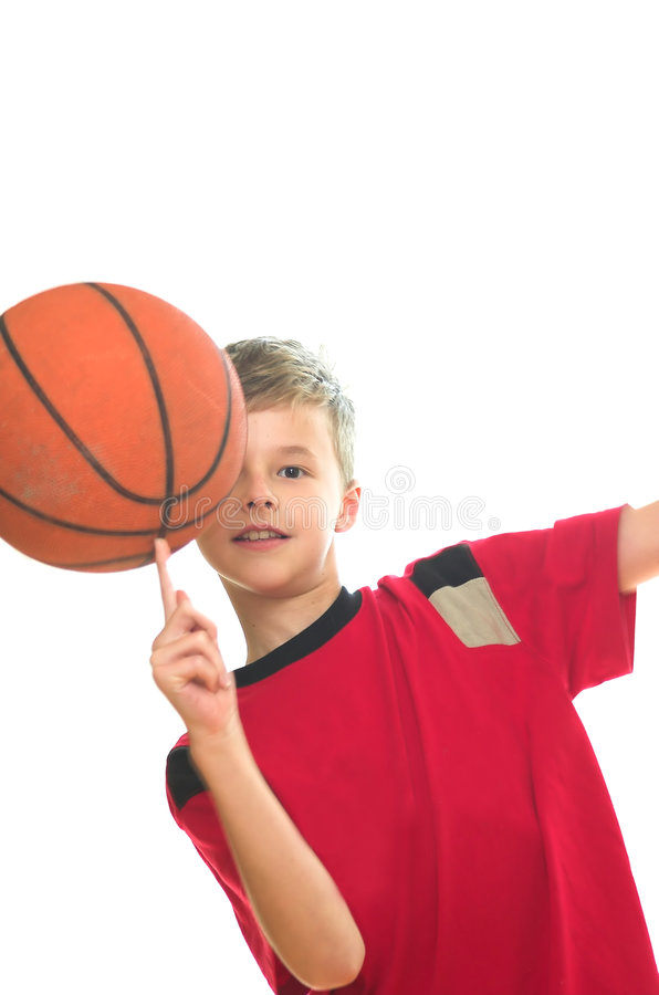 chłopca koszykówki grać obraz stock
