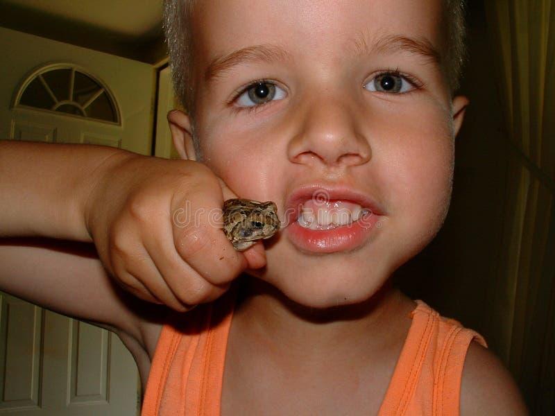 Download Chłopcy Crawlies Przerażające Zdjęcie Stock - Obraz złożonej z dziecko, excited: 29982