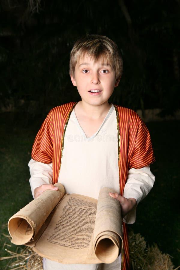 chłopcy czytelnicza zwoju zdjęcie stock