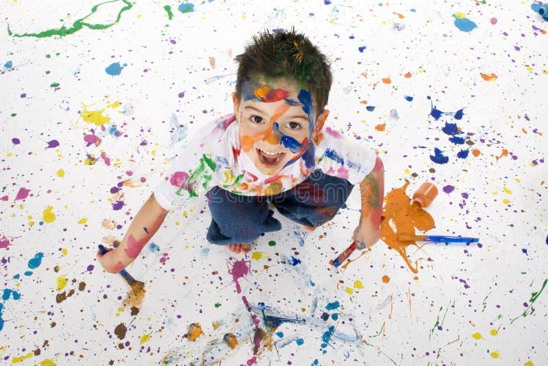 chłopcy objętych farby splatter young zdjęcie stock
