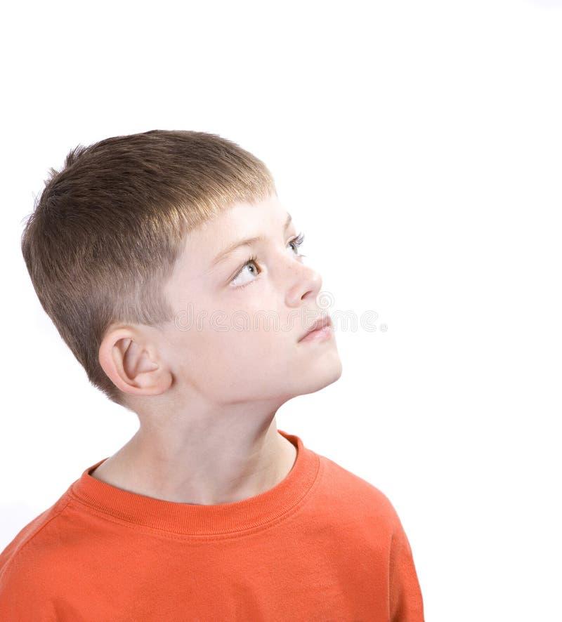 chłopcy patrzeć w górę young obrazy stock