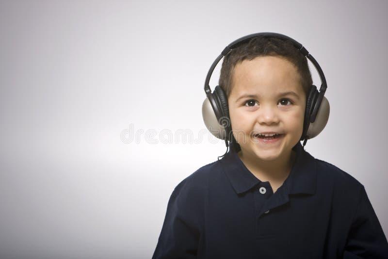chłopcy słuchawki obrazy stock