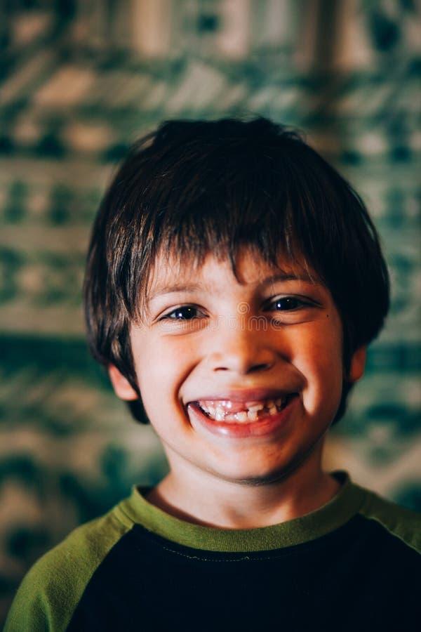 chłopcy uśmiechnięci young zdjęcia stock