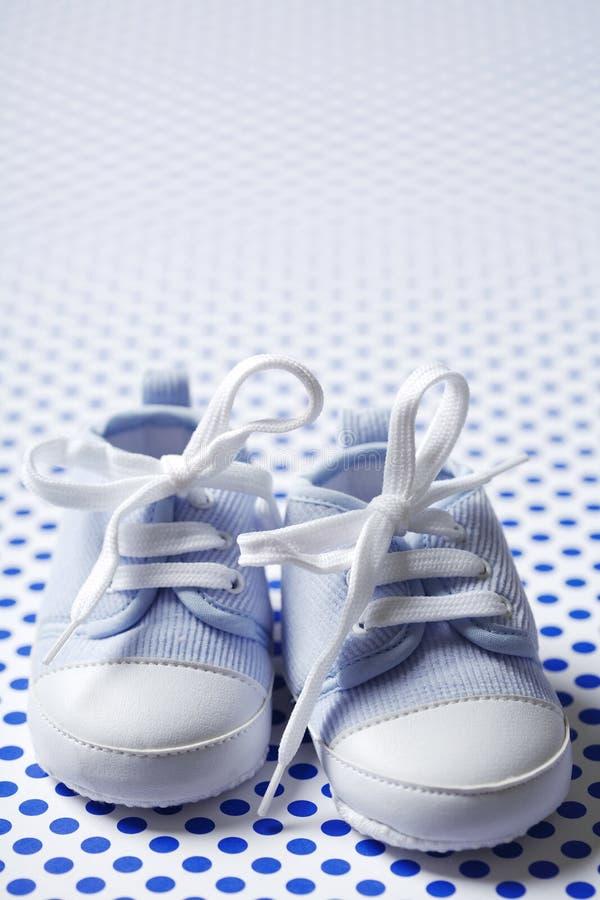 chłopiec buty obraz royalty free