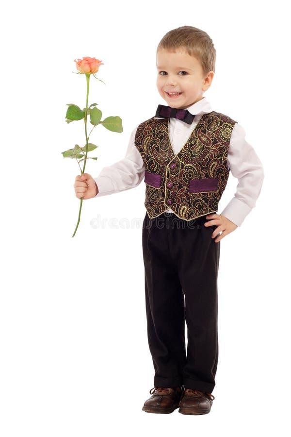 chłopiec daje małemu wzrastał target1158_0_ obrazy royalty free