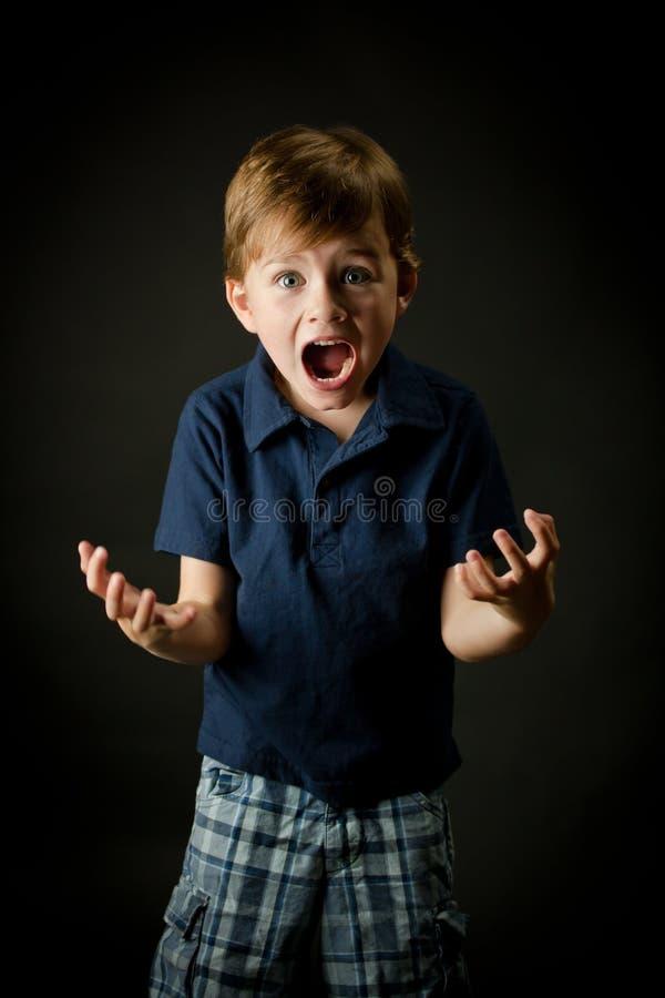 chłopiec emoci krzyczący potomstwa obrazy stock