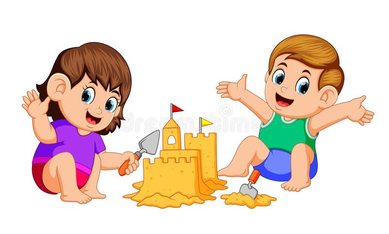 Chłopiec i dziewczyna robi dużemu sandcastle przy plażą royalty ilustracja