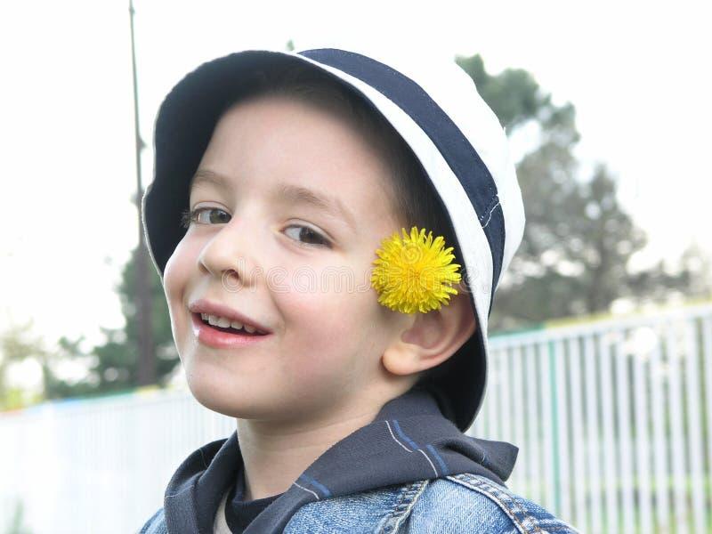 chłopiec kwiat obraz royalty free