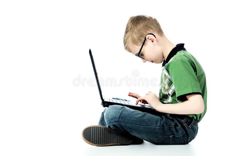 chłopiec laptop fotografia stock