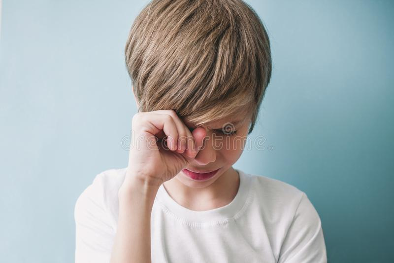 Chłopiec płacze fotografia royalty free