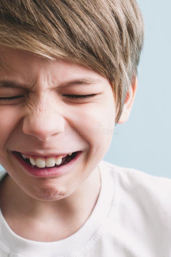 Chłopiec płacze obrazy royalty free