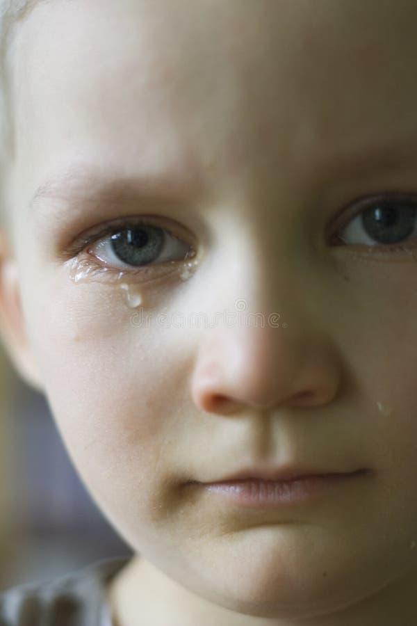 chłopiec płacze zdjęcie stock