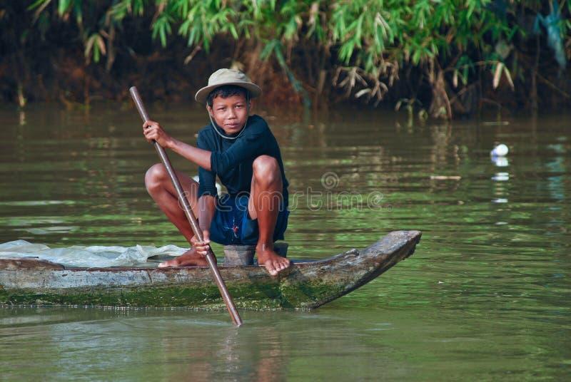 chłopiec połowu khmer potomstwa obrazy stock