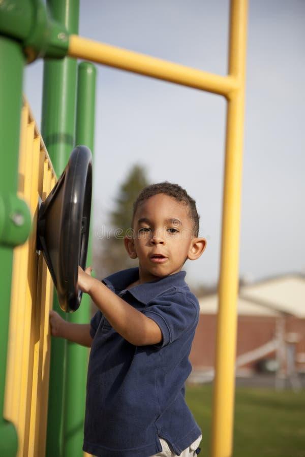 chłopiec rasowy wielo- parkowy obraz stock