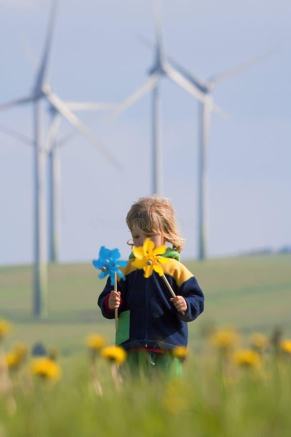 chłopiec rolny pinwheel wiatr fotografia stock