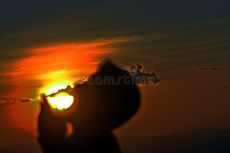 Chłopiec The Sun obraz stock