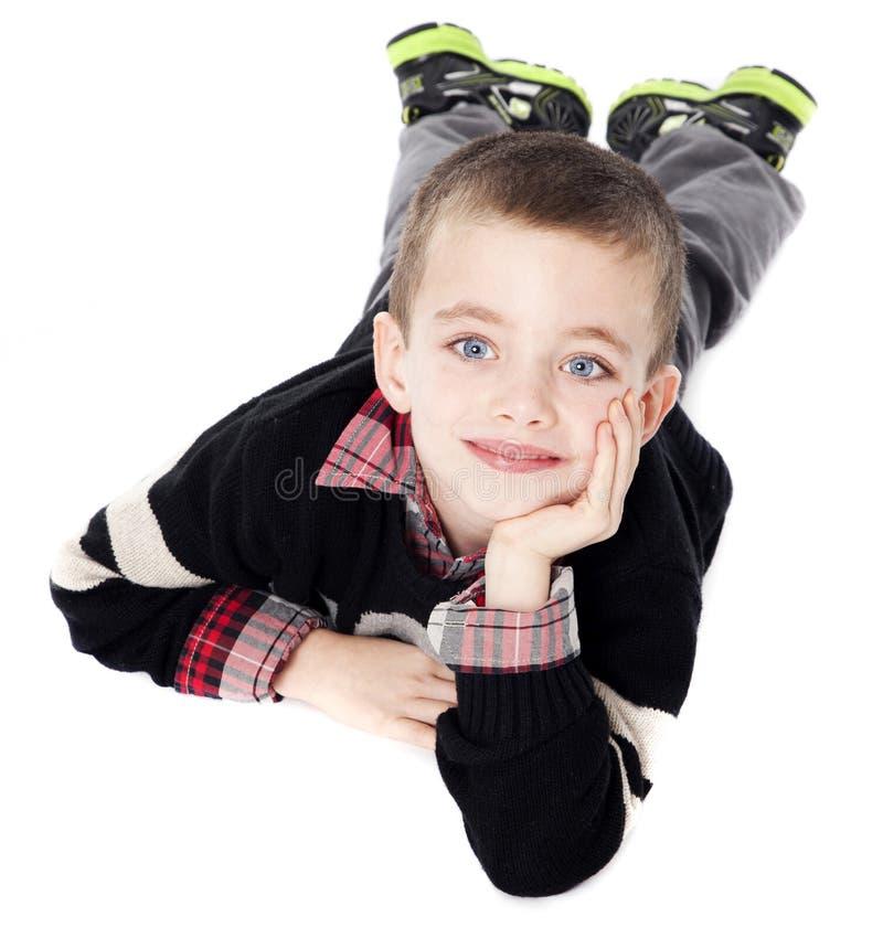 chłopiec target293_0_ żołądka studia potomstwa fotografia stock