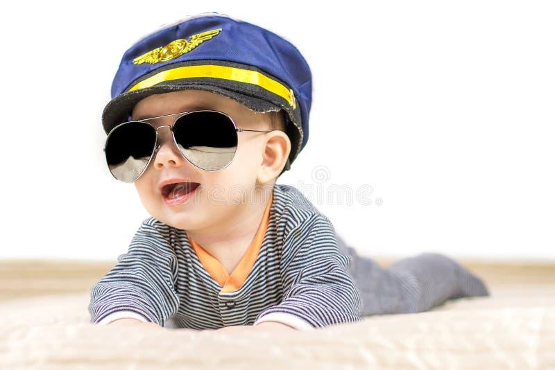 Chłopiec ubierająca jak pilot fotografia royalty free