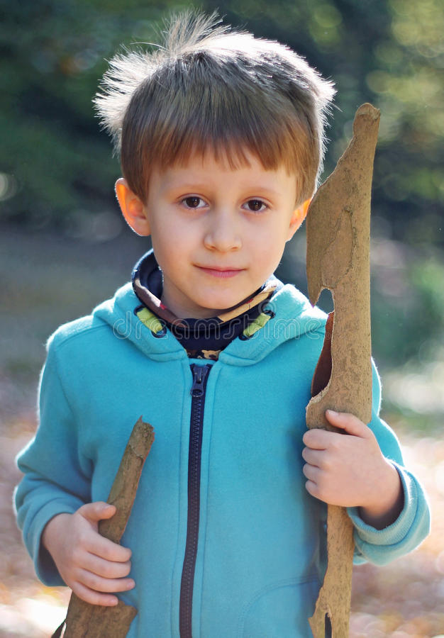 Chłopiec w naturze fotografia royalty free