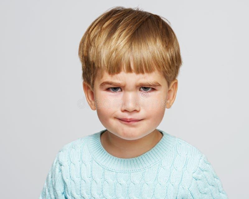 Chłopiec w pracownianym strzale fotografia stock