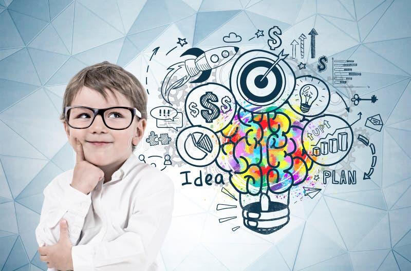 Chłopiec w szkłach, biznesowy pomysł zdjęcie royalty free