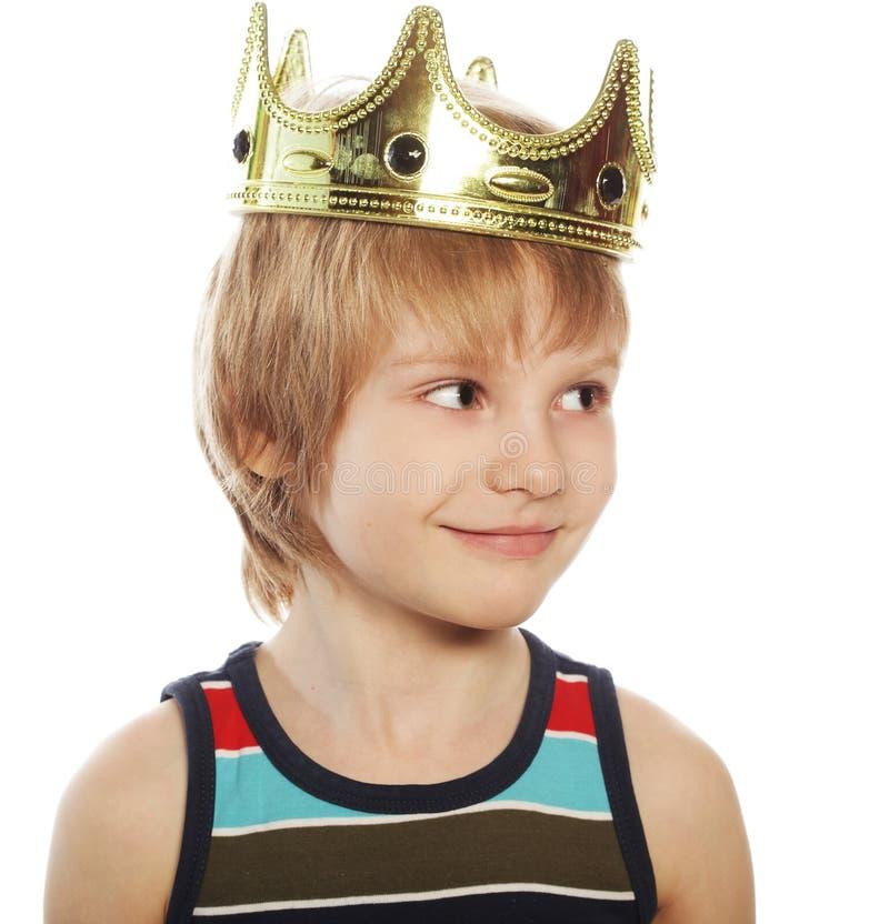 Chłopiec z koroną obrazy stock