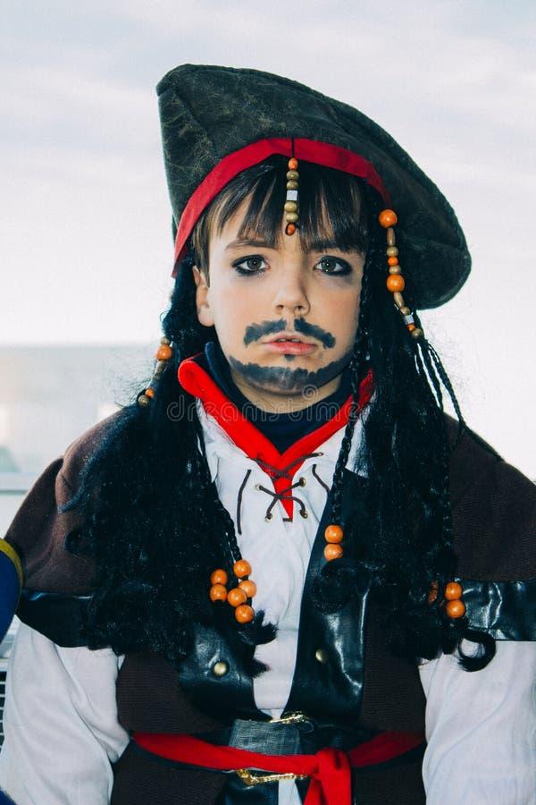 Chłopiec z pirata przebraniem obraz royalty free